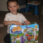 Clean, Messy Fun With Moon Dough! ~Review~