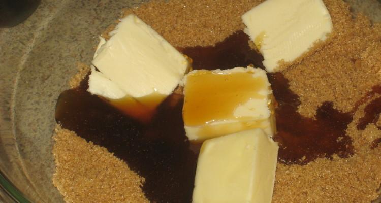 #SuperBowl Treat anyone? Cinnamon Caramel Corn with White Chocolate #Recipe