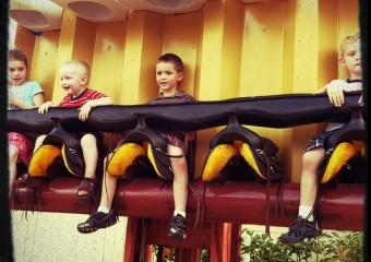 Wordless Wednesday {LINKY}: Six Flags Fiesta Texas Fun!