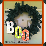 Fun and Easy Halloween Door Wreath #Craft #DIY