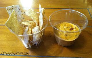 Easy Cheesy Velveeta Queso Dip #Recipe