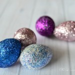 Apothecary Jar Easter Centerpiece + 3 Ways to Make Cute Glitter Eggs #PinterestRemakes