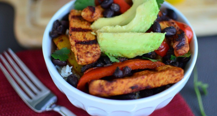 Grilled Chicken Fajita Bowls with Cilantro Lime Rice