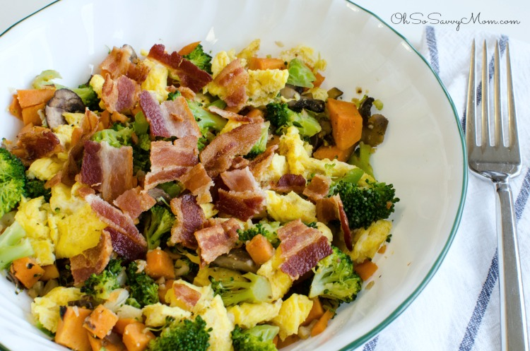 Macro Bowl with eggs, bacon, and broccoli - Clean eating, and gluten free